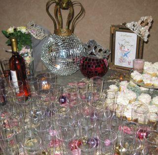 Glitter lounge